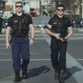 mergvakaris-su-policininkais2